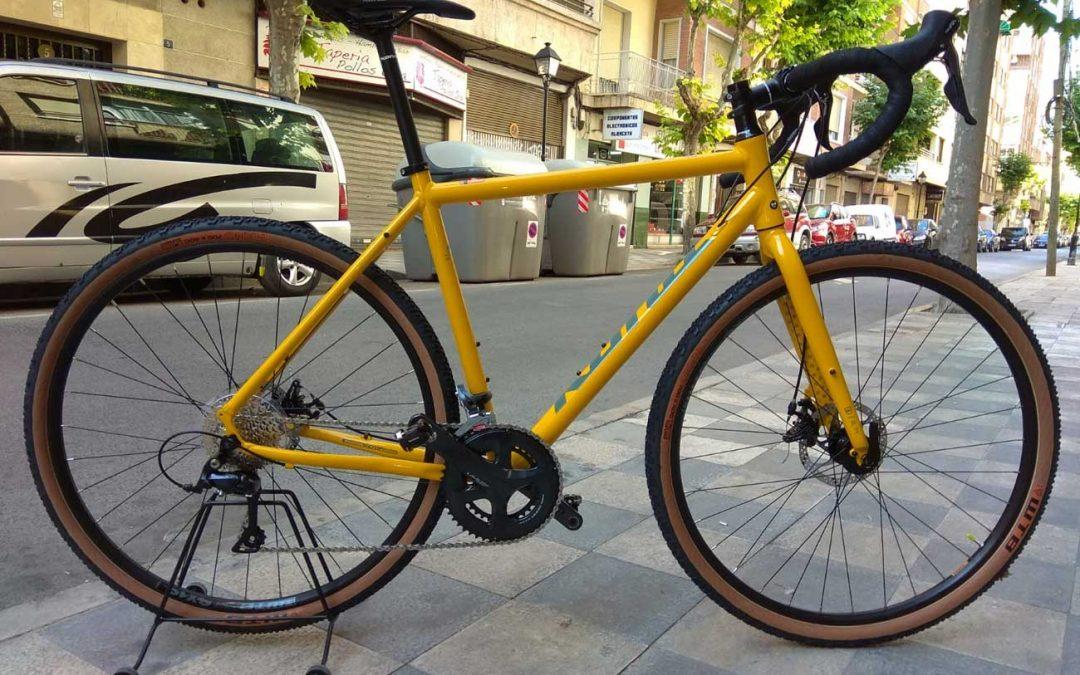 Gravel, la tendencia que llegó para quedarse en el ciclismo.